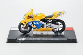 1;24<>HONDA RC 211V     MotoGP 2005  Troy Bayliss  #12