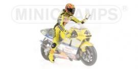 """1;12<>Valentino Rossi   MotoGP 2001 """"WAVING"""".  mc312010046"""