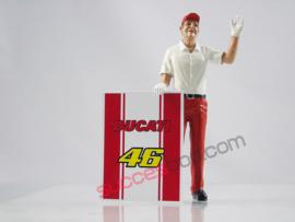 1;18<>DUCATI PIT CREW MAN with  #46   Ducati board (2pcs.) art.4610/707