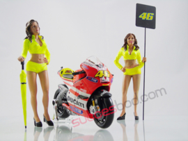 1;18<>SET - MotoGP 2011 + DUCATI GP11  #46 +  GRID-GIRLS  art. #146