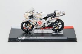 1;24<>APRILIA RSV 250 cc    GP 2004 Manuel Poggiali #54