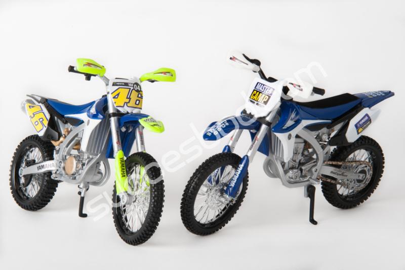 1;12<> YAMAHA SET - 2 bikes YAMAHA YZ 450F  DIRT FLAT TRACK (Italy)  -  Camp + #46  art 12ya4604