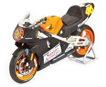 Honda nsr 500 nº 46 V rossi prueba bike 2000