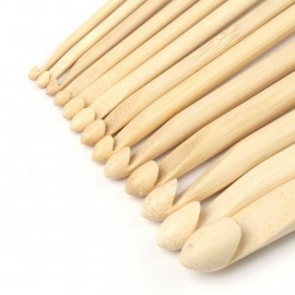 Haaknaald hout 5 mm