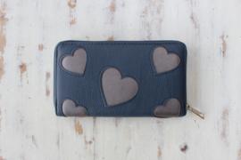 Blauwe portemonnee met hartjes