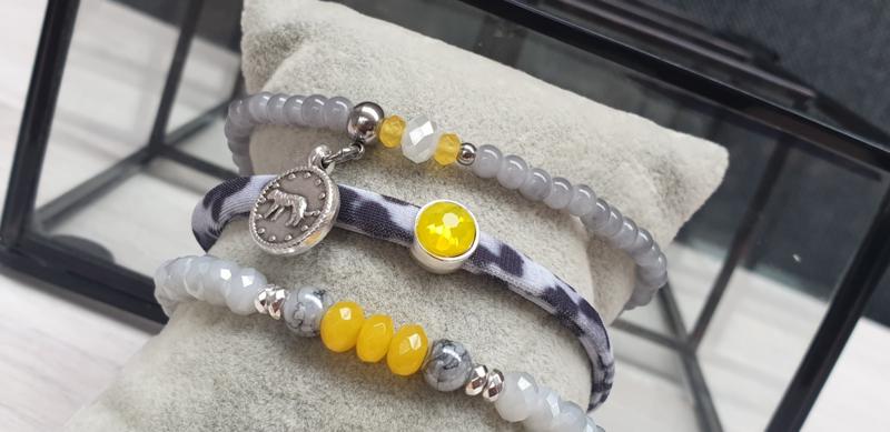 Yellow armbandensetje