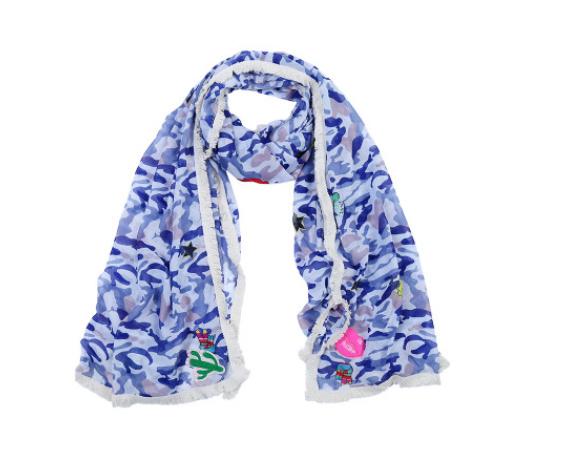 Blauwe sjaal met patches.