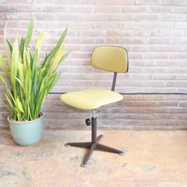 Vintage bureaustoel geel