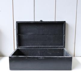 Vintage houten kistje zwart