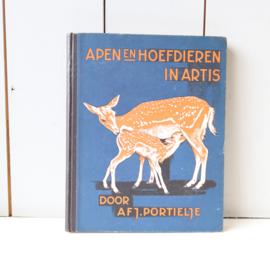 Prentenboek apen en hoefdieren in artis