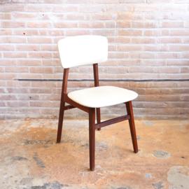 Vintage stoel wit skai