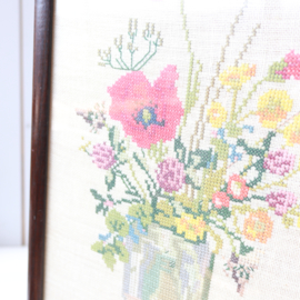 Vintage borduurwerk bloemen