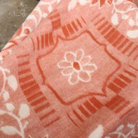 Vintage wollen deken roze