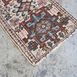 Vintage Perzisch tapijt 110 x 64