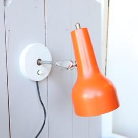 Vintage oranje wandlampje
