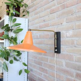 Vintage wandlamp schotel oranje