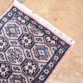 Vintage Perzische tapijt loper licht roze