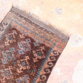 Vintage perzisch tapijt   116 x 58