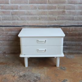 Twee Witte Leren Fauteuils.Meutt Nl Voor Vintage Meubels Kasten Stoelen Tafels