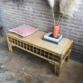 Vintage rotan tafel bohemian