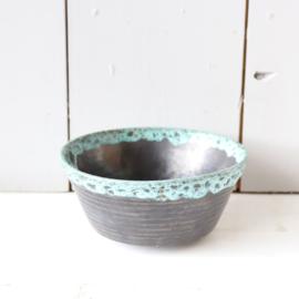 Vintage potje met zwart en blauw