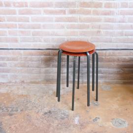 Vintage krukje hout metaal