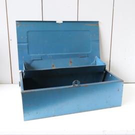 Vintage toolbox metaal gereedschapskist