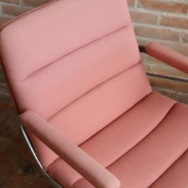 Vintage Artifort fauteuil / bureau stoel roze