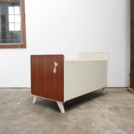 Vintage ledikant / baby bed hout