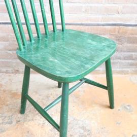 Vintage spijlenstoel groen
