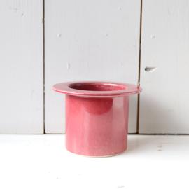 Vintage bloempot donker roze
