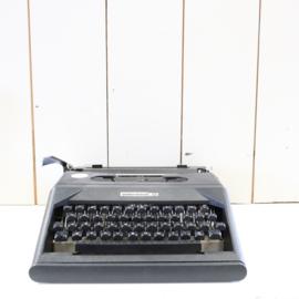 Vintage typemachine underwood zwart