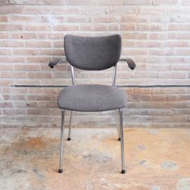 Vintage de wit stoel 3211