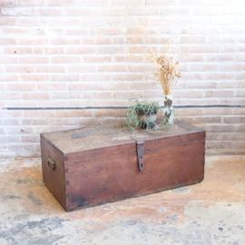 vintage kist donker bruin salontafel