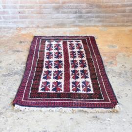 Vintage perzisch tapijt   138 x 73