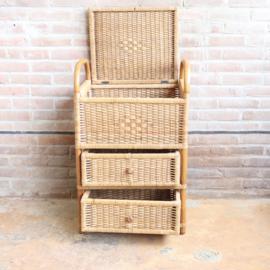 Vintage rotan naai kastje