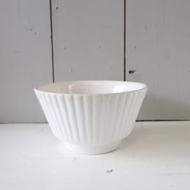 vintage bloempot wit laag