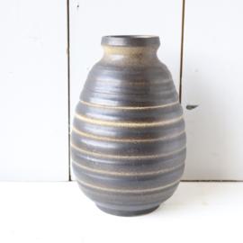 Vintage vaas zwart