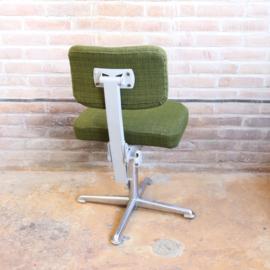 Vintage bureaustoel industrieel groen