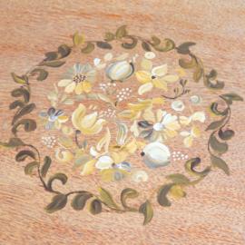Vintage salontafel schuine poten bloemen