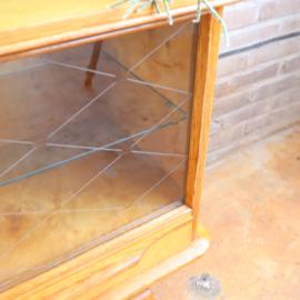 Vintage vitrine kast
