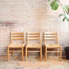 Vintage Scandinavische stoelen riet hout