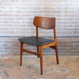 Vintage eettafel stoel skai zwart deens