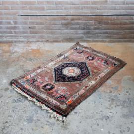 Vintage perzisch tapijt  108 x 75