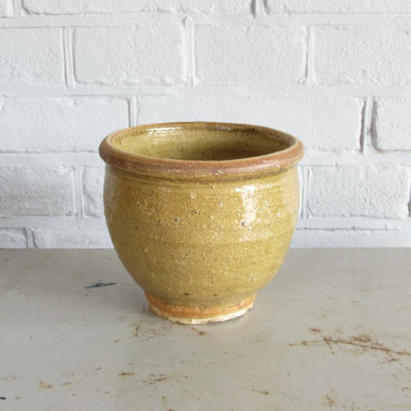 vintage aardewerk pot
