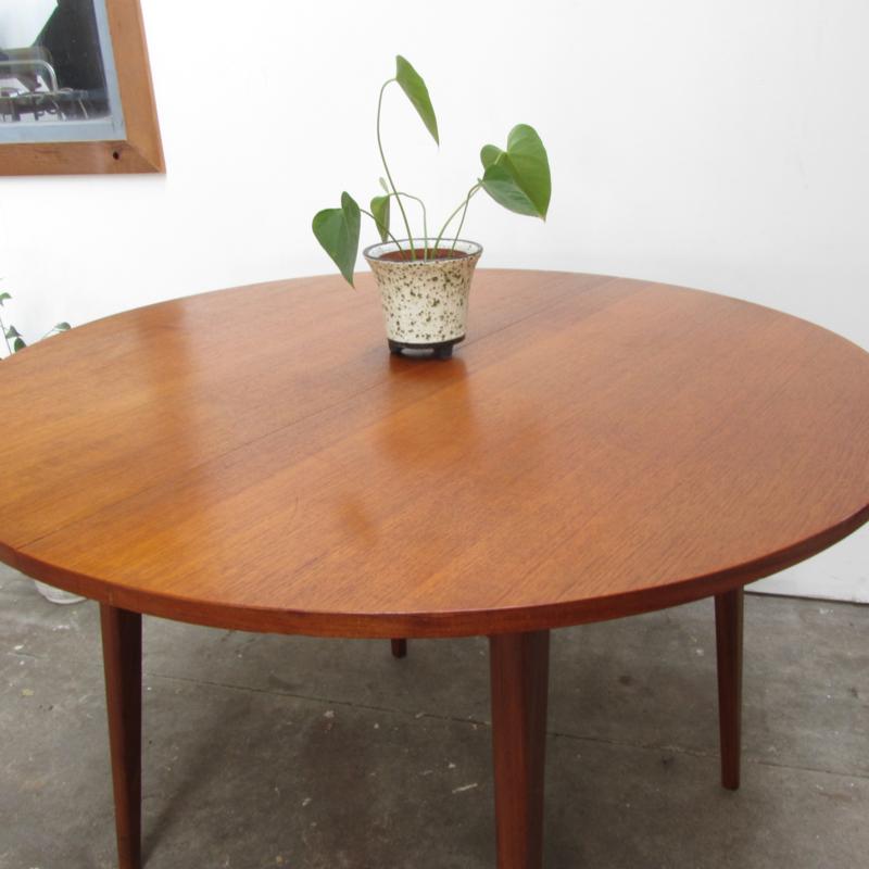 Ronde Retro Tafel.Vintage Eettafel Rond Verkocht Meutt Vintage Interior