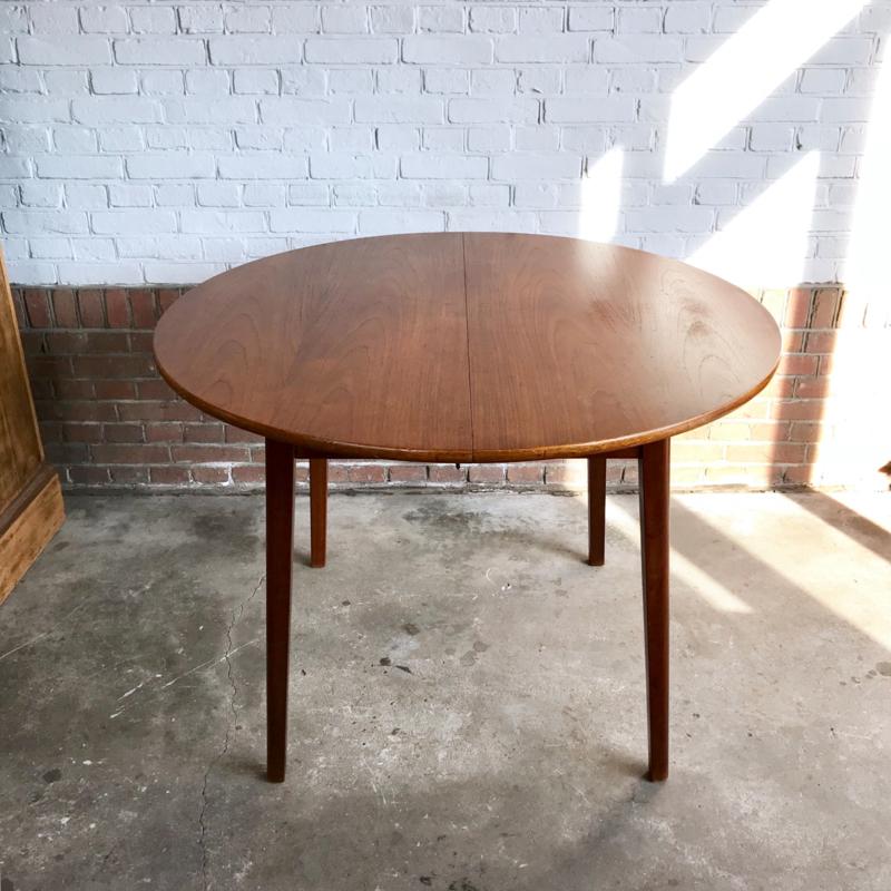 Ronde Retro Eettafel.Vintage Eettafel Rond Jaren 60 Tafels Meutt Vintage