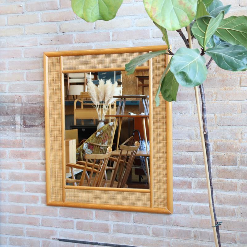 Vintage rotan spiegel