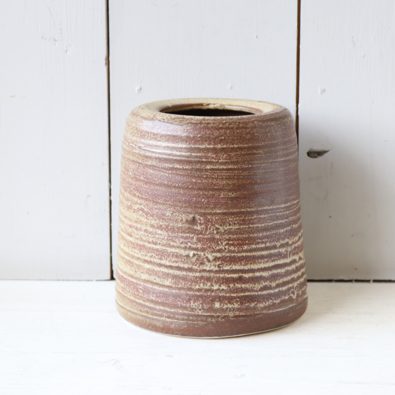 Vintage aardewerk vaas mat