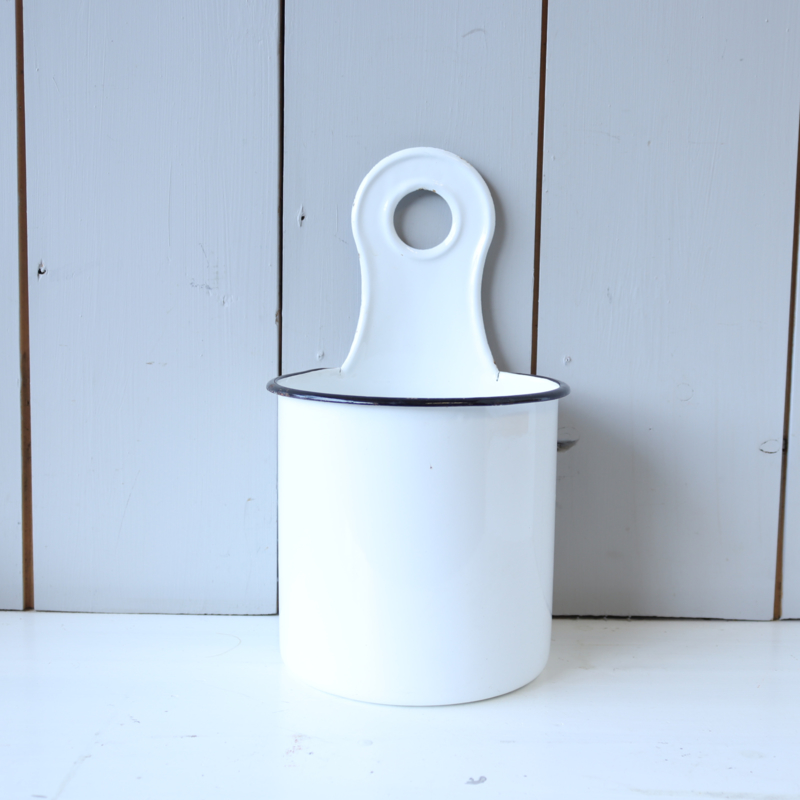 Vintage emaile hangpot